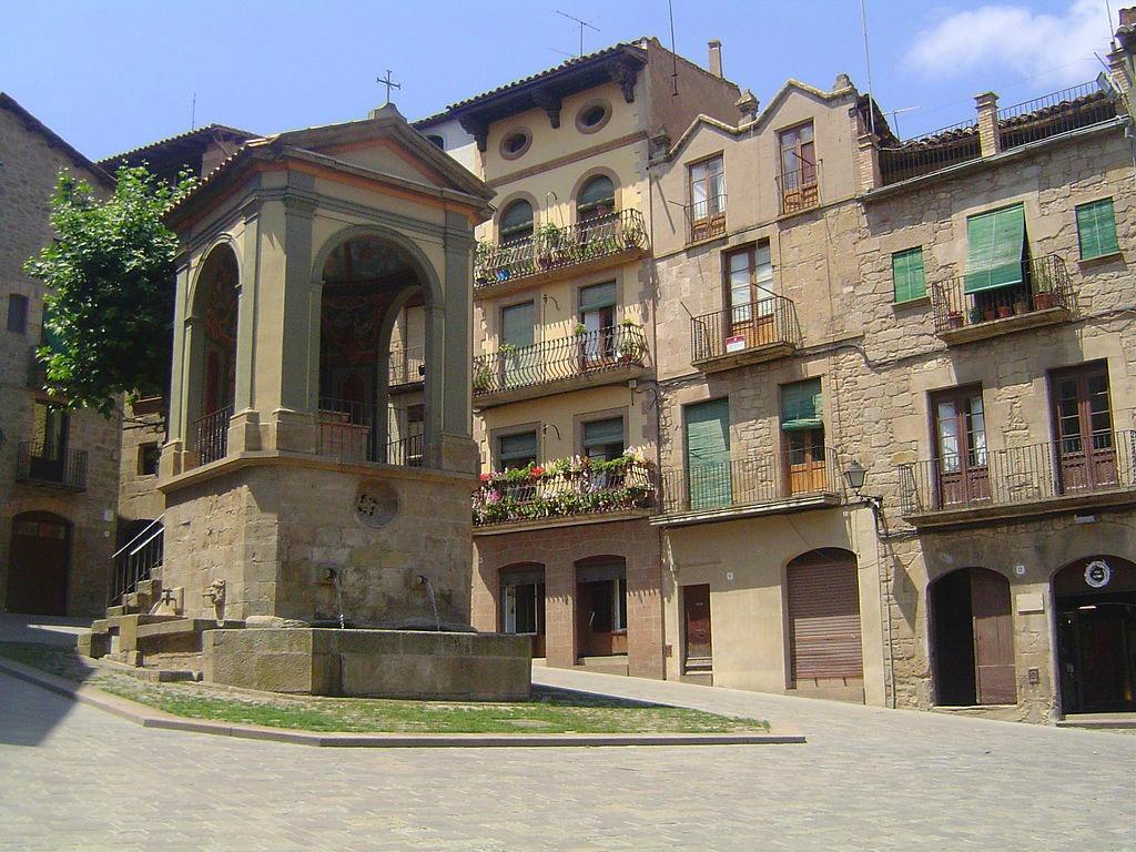 Escapada amb cotxe - Plaça Sant Joan a Solsona